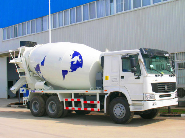 14m3 trailer mounted concrete mixer
