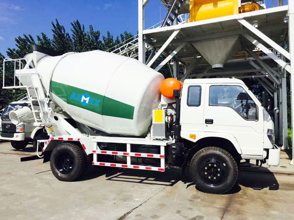 6m3 concrete mixer trailer